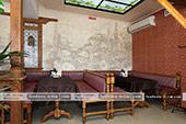 Столик в кафе Гульсум в Феодосии