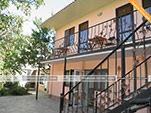 Двор - Мини-гостиница У Юджина в Феодосии