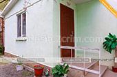 Фото Отдельный домик со своим двориком на Победы 8