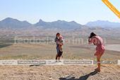 Фото на смотровой площадке на горе Клементьева в экскурсии на автобусе кабриолете в Феодосии
