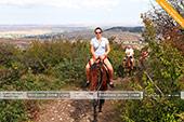 Катание на лошадых в Феодосии с красивым видом