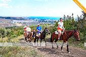 Вид на Феодосию с маршрута конных прогулкок по Тепе-Оба - Крым