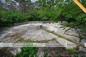 Чаша зибальда на маршруте прогулок на джипах в Феодосии